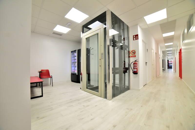 proyecto adaptacion y apertura centro ourense ascensor modulor arquitectura
