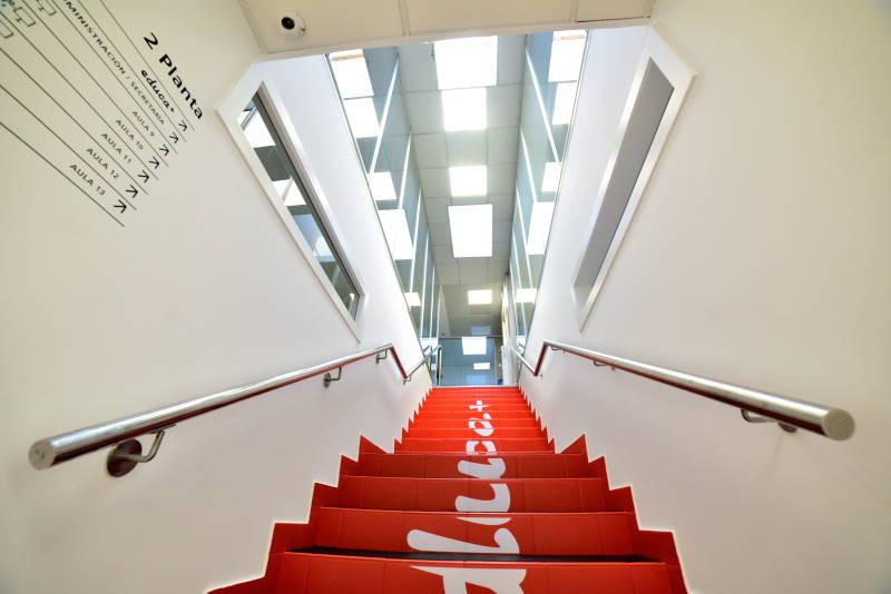 proyecto adaptacion y apertura centro ourense escalera modulor arquitectura